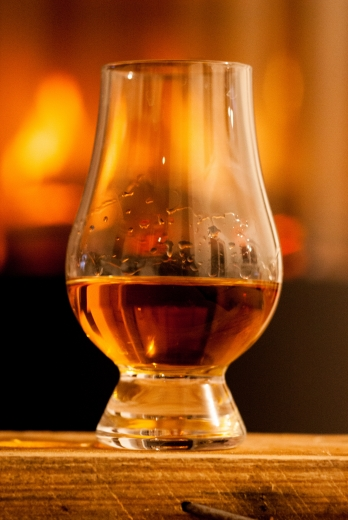 Whisky glass picture